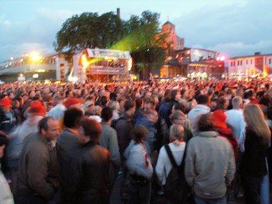 Bild 0008 Brauereihoffest 2005 Stralsund * Sonnabend